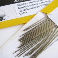 HARNESS NEEDLES
