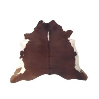 NATURAL COWHIDE RUG HEREFORD